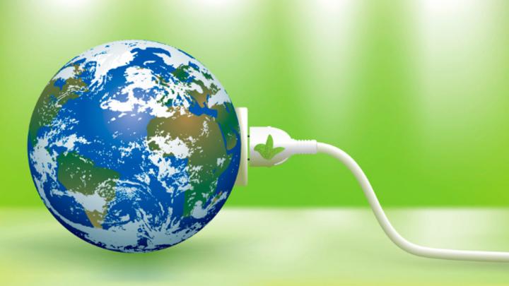 Der zusätzliche Strombedarf hebelt laut IfW die Klimavorteile von Elektroautos aus.