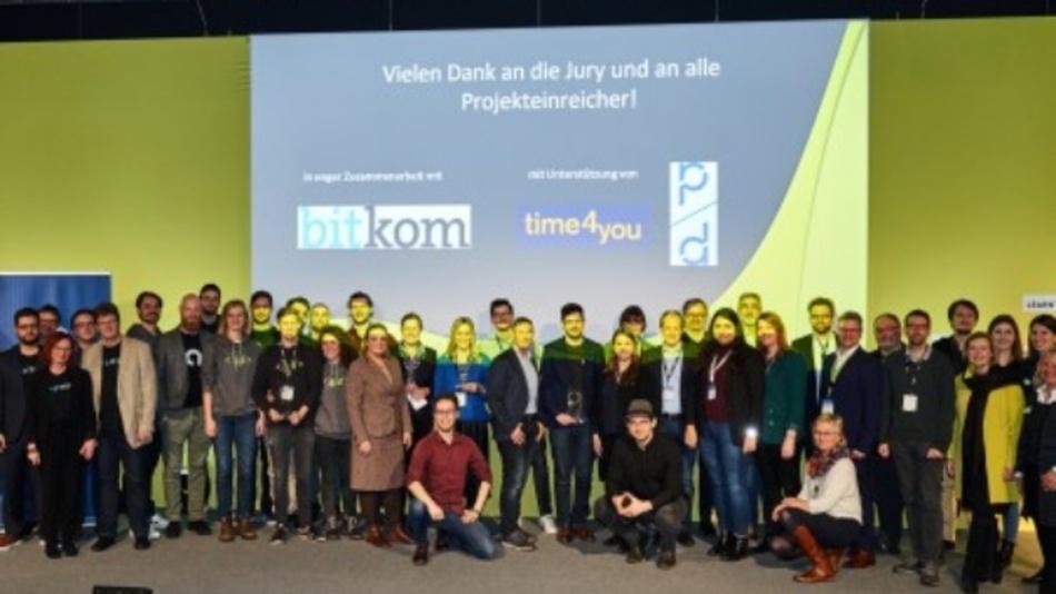 2020 erhielten Viscopicmit Augmented Reality basierenden Mitarbeitertrainings und das digitale Nachhaltigkeitstraining Sustify den delina auf der Learntec. Ebenso wurden Personal Chatbots der Hochschule Ruhr-West und PearProgramming mit einer game-basierten Lernplattform für Informatiklehrer mit dem Innovationspreis ausgezeichnet.