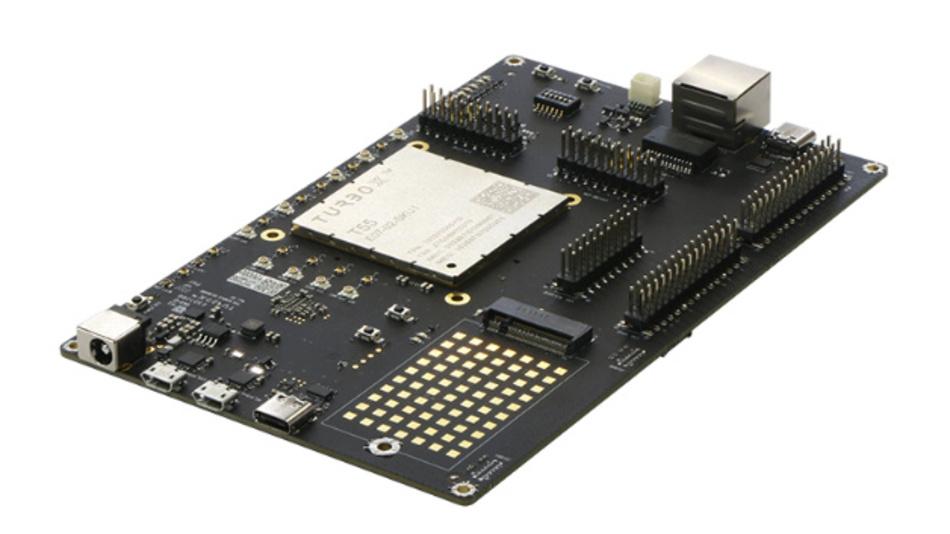 Die Anwender können mit dem Entwicklungskit »TurboX T55 DK« von Tundercomm/Atlantik Elekronik den Produktentwicklungsprozess vereinfachen und so ihre 5G-Produkte schnell auf den Markt bringen.