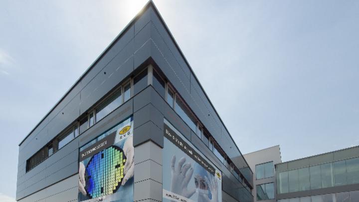 Das neue Reinraumgebäude von EVG am Firmenhauptsitz in St. Florian/Öserreich.