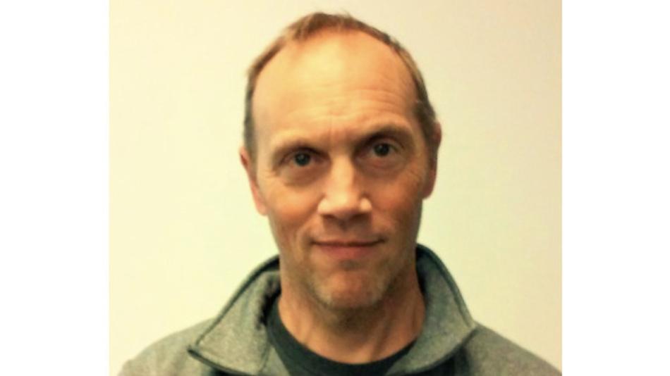 Bill Beckwith ist leitender HF-IC-Entwickler bei Analog Devices in Colorado Springs. Sein Hauptschwerpunkt seit 2017 liegt auf der Entwicklung von Mikrowellen- und Millimeterwellenverstärkern und -schaltern. Bevor er zu Analog Devices kam, arbeitete er bei Linear Technology in der Entwicklung von hochleistungsfähigen SiGe- und CMOS-Mischern. Davor arbeitete er bei Motorola und entwickelte GaAs-HF-Schalter, -Mischer, -Verstärker und passive Breitbandkomponenten. Er beendete 1984 mit dem Bachelor-Abschluss sein Elektrotechnikstudium am Georgia Institute of Technology, in Atlanta, Georgia, USA, und 1990 den Master-Studiengang in Elektrotechnik an der staatlichen Universität in Tempe, Arizona, USA. bill.beckwith@analog.com