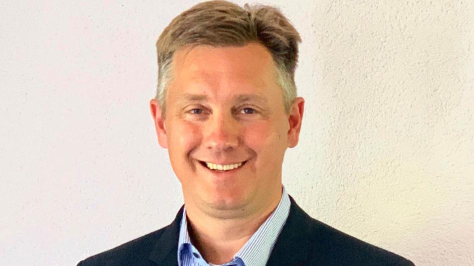 aft-Gründer und Geschäftsführer Dirk Kramer: »Unsere Bauteile für sicherheitsrelevante Systeme werden vollautomatisch produziert und härtesten Produktprüfungen unterzogen; sie stehen für Funktionssicherheit, Haltbarkeit und Effizienz. Im gemeinsamen Joint Venture vereinen wir künftig unser Know-how und unsere Erfahrung«.