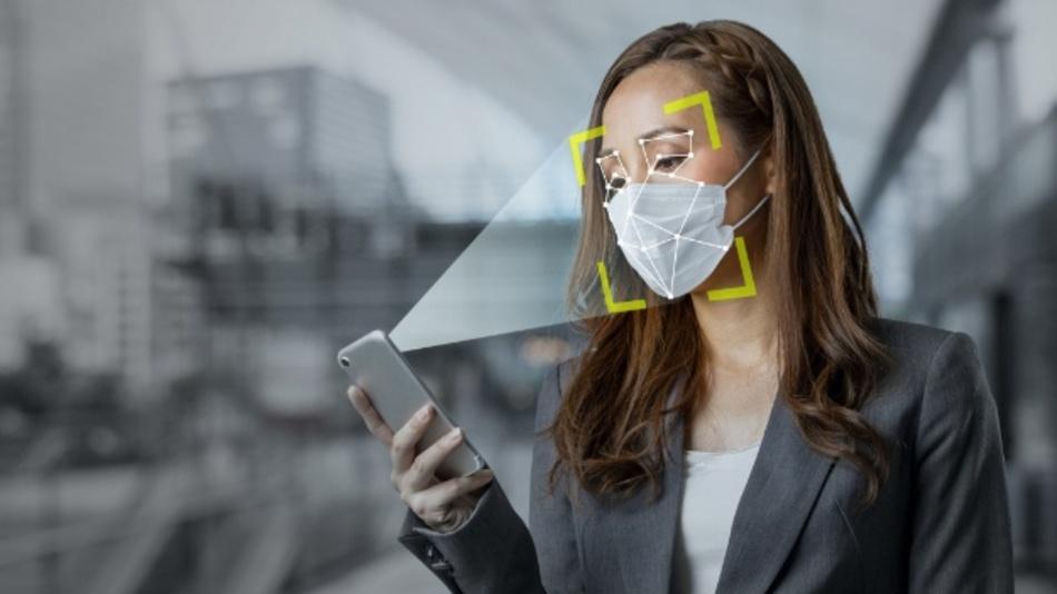 佩戴口罩时,也可以借助 trinamiX 的光束剖面分析技术通过脸部识别功能安全可靠地解锁智能手机。
