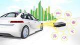 Das Antriebssteuergerät aktiviert die Elektromaschine; es koordiniert sämtliche Befehle, die per Fahrpedal ausgelöst werden; es ist eingebunden ins Lade- und Energiemanagement sowie in die Hochvoltkoordination des Systems; und es bildet die Schnittst