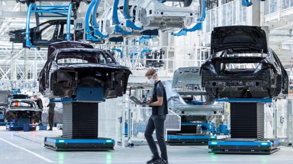 Mercedes-Benz hat die Factory 56 in Sindelfingen eröffnet. Hier wird zukünftig der EQS produziert.