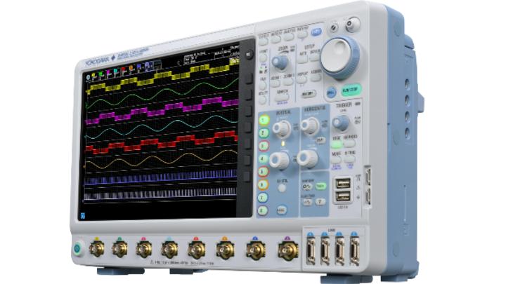 DLM5000 in der höchten Ausbaustufe: 8 Kanäle, 4 separate digitale Kanäle und 500 MHz Bandbreite.