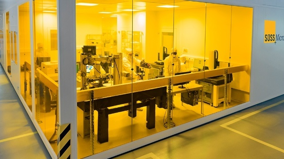 Süss Excellence Center: Süss MicroTec und Delo kooperieren bei Imprint-Lithographie.