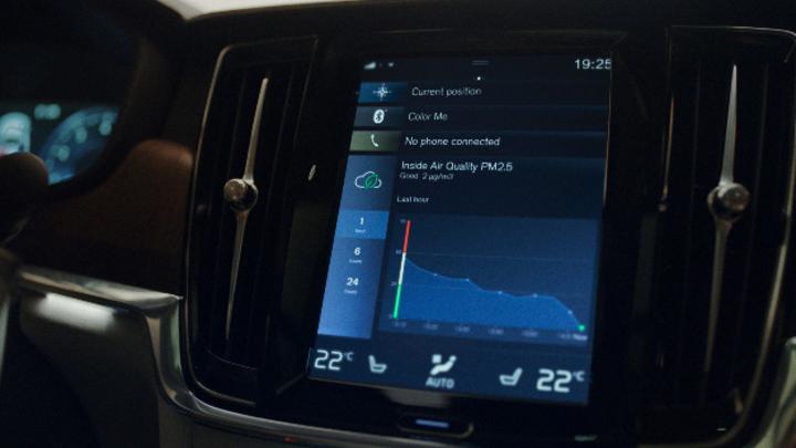 Über die Volvo on Call App können Nutzer künftig den aktuellen PM2,5-Wert im Innenraum abfragen.