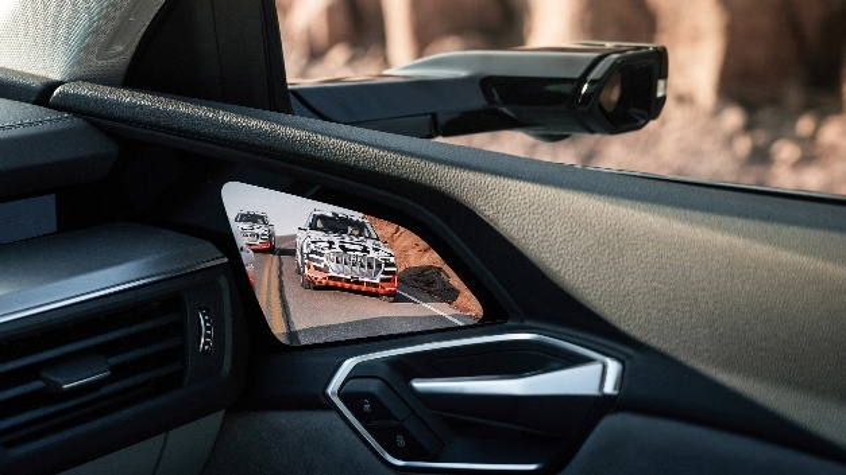 Audis Kamera-Monitor-System (CMS) ist im e-tron optional eingebaut.