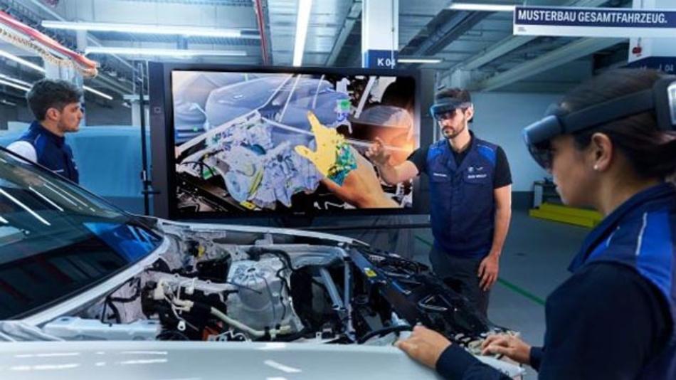 Augmented Reality soll eine Zeitersparnis von bis zu einem Jahr bei der Absicherung von Fahrzeugmodulen bringen. Ein Grund, weshalb BMW auf AR bei der Entwicklung von Fahrzeugkonzepten und Prototypen setzt.
