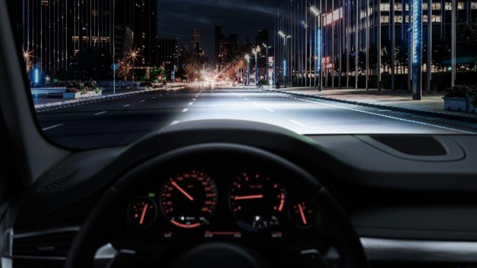Für nur knapp 130 Euro pro Set sorgt die nachrüstbare Osram Night Breaker LED für dauerhaft bessere Sicht und Sichtbarkeit im Straßenverkehr.