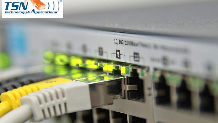 Time Sensitive Networking ist auf dem Vormarsch in konvergenten Netzen mit kritischen  Anwendungen und strengen zeitlichen Anforderungen. Doch was gilt es zu beachten bei der  Netzplanung? Und wieso kommt der Konfiguration eine Schlüsselrolle zu?