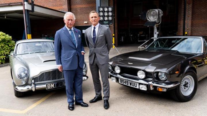 Im 25. James-Bond-Abenteuer stehen neben Daniel Craig der Aston Martin DB5 und der V8 im Mittelpunkt. Die Chancen stehen gut, dass auch im Bond-Film Nummer 26 die berühmten Sportwagen zu sehen sein werden, dann Mercedes-Benz baut die bestehendeTechno