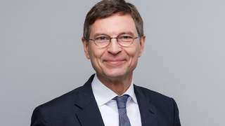 Prof. Dr. Stefan Wrobel, Leiter des Fraunhofer IAIS: »Bereits im kommenden Jahr werden wir erste Prüfungen mit Unternehmen durchführen.«