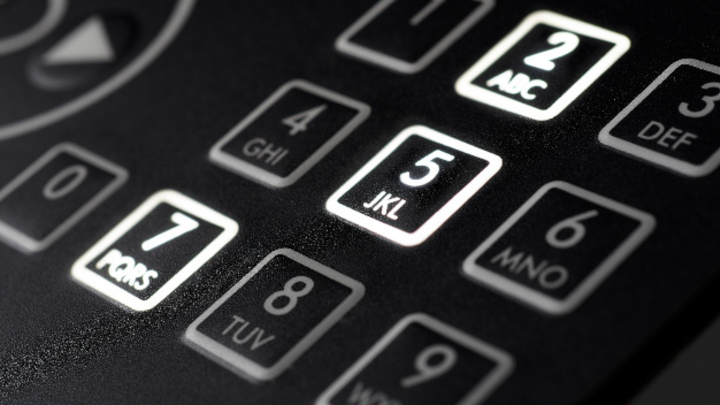 Die NLF-Technologie (Night-Light-Foil) erlaubt die kosteneffiziente und robuste Beleuchtung einzelner Tasten und großer Flächen.