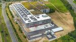 Logistikzentrum mit 9000 m² Solarzellen