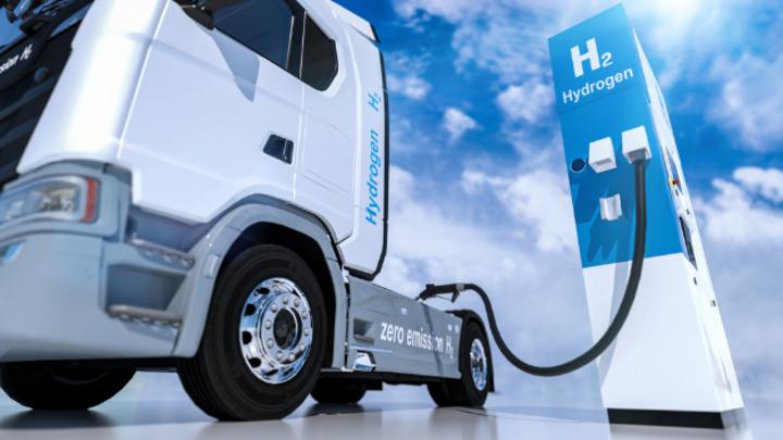 Das BMVI unterstützt die Entwicklung klimafreundlicher Nutzfahrzeuge finanziell.