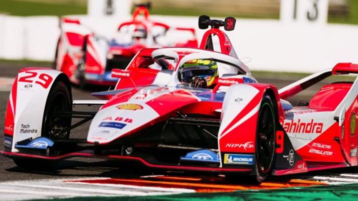 ZF liefert für Mahindra Racing den gesamten Antriebsstrang mit  E-Motor, Getriebe, und der Leistungselektronik auf Siliziumkarbid-Basis.