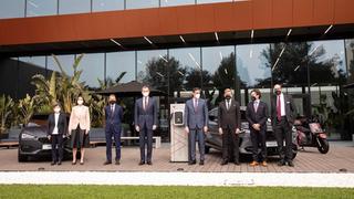 Teresa Cunillera, Reyes Maroto, Dr. Herbert Diess, König Felipe VI., Pedro Sánchez, Wayne Griffiths, Mark Porsche and Stefan Piëch (v.l.) zum 70-jährigen Jubiläum von Seat.