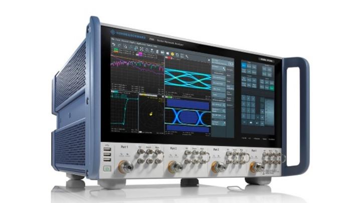 R&S ZNA-Netzwerkanalysator mit 4 Messtoren und Frequenzbereich von 10 MHz bis 67 GHz.