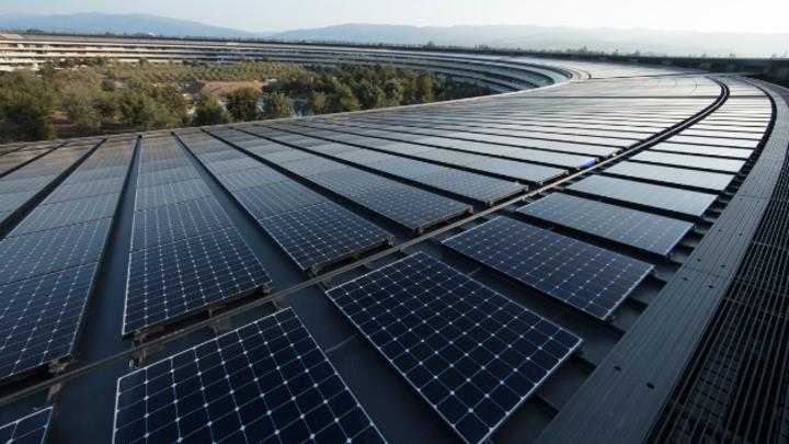 Das PV-Dach auf dem Hauptquartier von Apple in Cupertino.