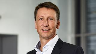 Siemens, Roland Schmidt