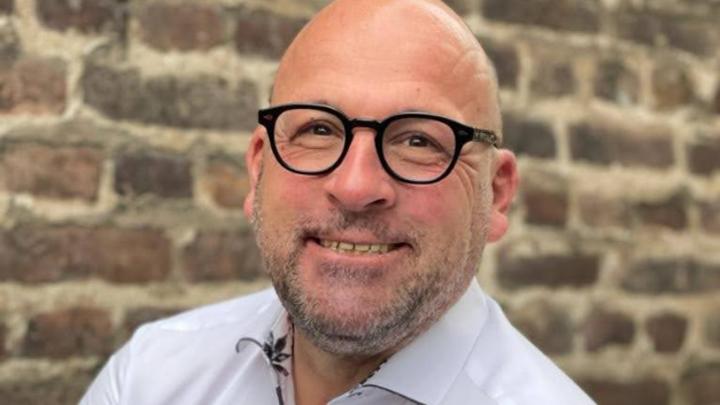 Marco Prinz, Eurolux: »Generell sollten Unternehmen aus sicherheitstechnischer Sicht niemals selbst vermeintlich passende Leuchten in dafür nicht vorgesehene Lampen einsetzen.«