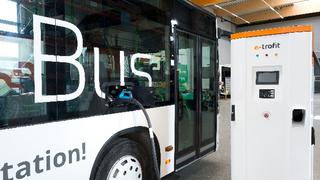 Bislang ist das In-Tech-Steuergerät in einen Bus von E-troFit integriert, weitere Busse sollen folgen.