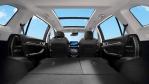 Besondere Features sind das Panorama-Glasdach und die Innenraum-Luftreinigung....