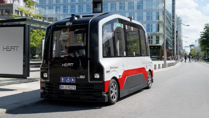 HEAT, autonom fahrender Kleinbus in der Hamburger Hafencity