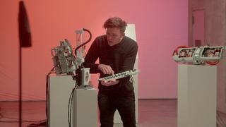 Polestar arbeitet mit dem Robotikingenieur und Musiker Moritz Simon Geist zusammen.