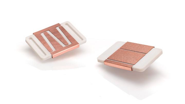 Ein SiC-Powermodul auf einem Keramikkühlkörper von Ceramtec. Die Leistungshalbleitermodule sind für den Einsatz in Antriebswechselrichtern konzipiert.