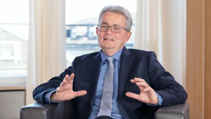 vbw Managing Director Bertram Brossardt
