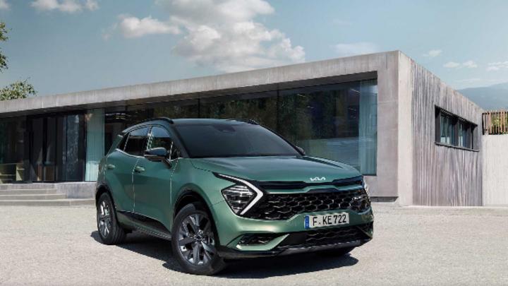 Auf der IAA Mobility in München stellt Kia ab dem 7. September eine spezielle Europaversion seines Kia Sportage vor. Erstmals ist nun auch eine Hybrid-Version erhältlich.