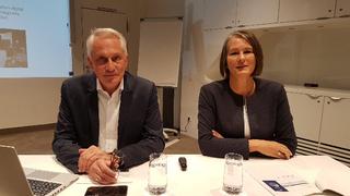 Die Veranstalter der SPS: Martin Roschkowski und Sylke Schulz-Metzner, beide Mesago Messe Frankfurt GmbH