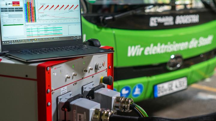 Bogestra hat seine Elektrobusse mit der Scienlab-Ladetestlösung von Keysight getestet.