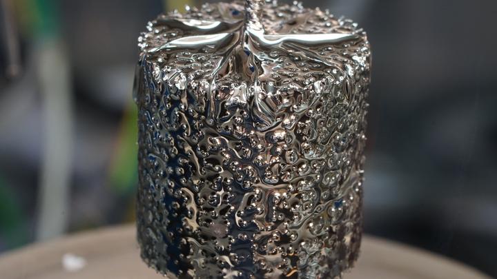 HZDR, liquid metal displacement battery