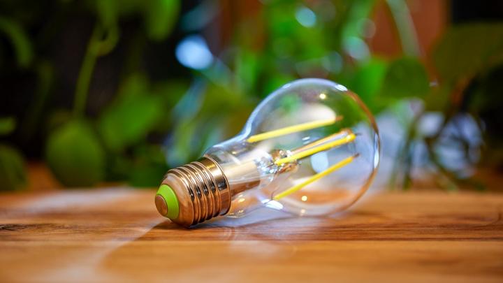 Die neuen Philips-LED-Lampen in klassischer Glühlampenform sind ab Herbst 2021 erhältlich