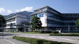 Seit 1956 ist Waldkirch bei Freiburg Hauptsitz der Firma Sick. um den Globus.