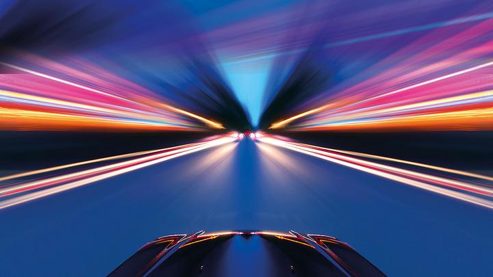 an ADAS-Funktionen werden Autos immer mehr zu Datenzentren auf Rädern. Um mehr über die Herausforderungen zu erfahren, die diese Transformation mit sich bring