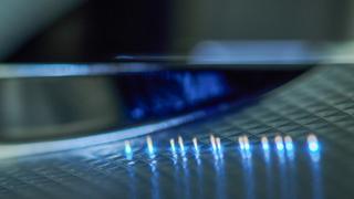 Die Kubernetes-Software kommt z. B. bei der Steuerung von Ultrakurzpulslaser-Anlagen zum Einsatz. Derzeit forschen die Wissenschaftler an der automatischen Auswertung von Messdaten.