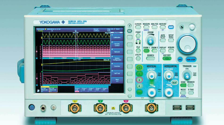 Bild 3. Mit bis zu 32 Logik-Kanälen und zahlreichen praxisgerechten Auswerte- und Diagnose-Funktionen können die neuen Mixed-Signal-Scopes der DLM6000-Serie aufwarten, hier der Typ DLM6104.