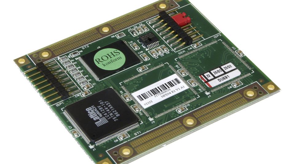 Bild 4. Adapterplatine MPE04 als Beispiel für die Anbindung kundenspezifischer Funktionen in das MPX-Konzept. Mit dieser Platine kann z.B. ein System, das nicht mehr bootet, gestartet, der Flash-Speicher restauriert und dann wieder ohne MPE04 betrieben werden. Bild 5. Der Header-Pin-Adapter macht interne Signale des Computermoduls für Messungen von außen zugänglich. So kann z.B. die Funktion einer Ethernet-Schnittstelle getestet werden.