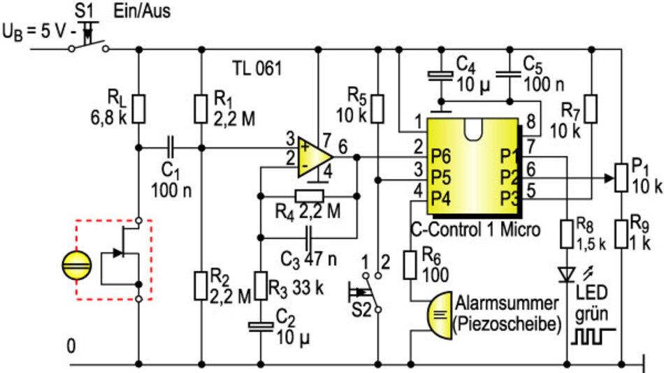 Bild 4. Infraschall-Detektor mit Mikrocontroller zur Signalauswertung. Als akustischer Signalgeber wird eine einfache Piezoscheibe verwendet; der notwendige Tongenerator mit 1 kHz wird softwaremäßig realisiert. Schalter S2: Stellung 1 für kleines Raumvolumen, Stellung 2 für großes Raumvolumen.