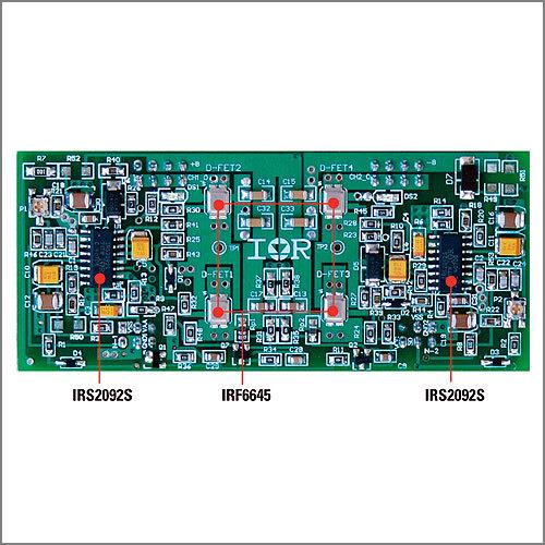 Bild 3. Dieses Referenzdesign eines 120-W-Klasse-D-Verstärkers verwendet das Audio-IC IRS2092 und den DirectFET-MOSFET IRF6645. Bild 4. Beim Referenzdesign ist der Wirkungsgrad über der Ausgangsleistung mit einem Klasse-A/B-Verstärker vergleichbar (1 kHz Audio-Signal, 4 Ω Impedanz).