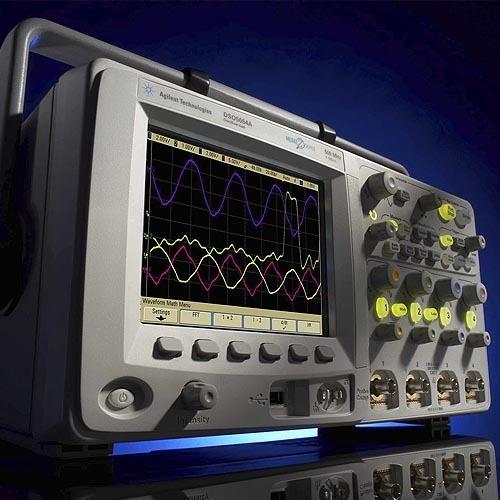 Bild 1. Sehr kompakt, in einer guten Preis-/Leistungsklasse und mit max. 500 MHz und 2 GS/s je Kanal: Serie 5000. (Foto: Agilent)
