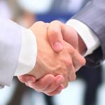 DE-CIX und Stackit Colocation werden Partner