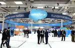 Salesforce hebt Prognose an