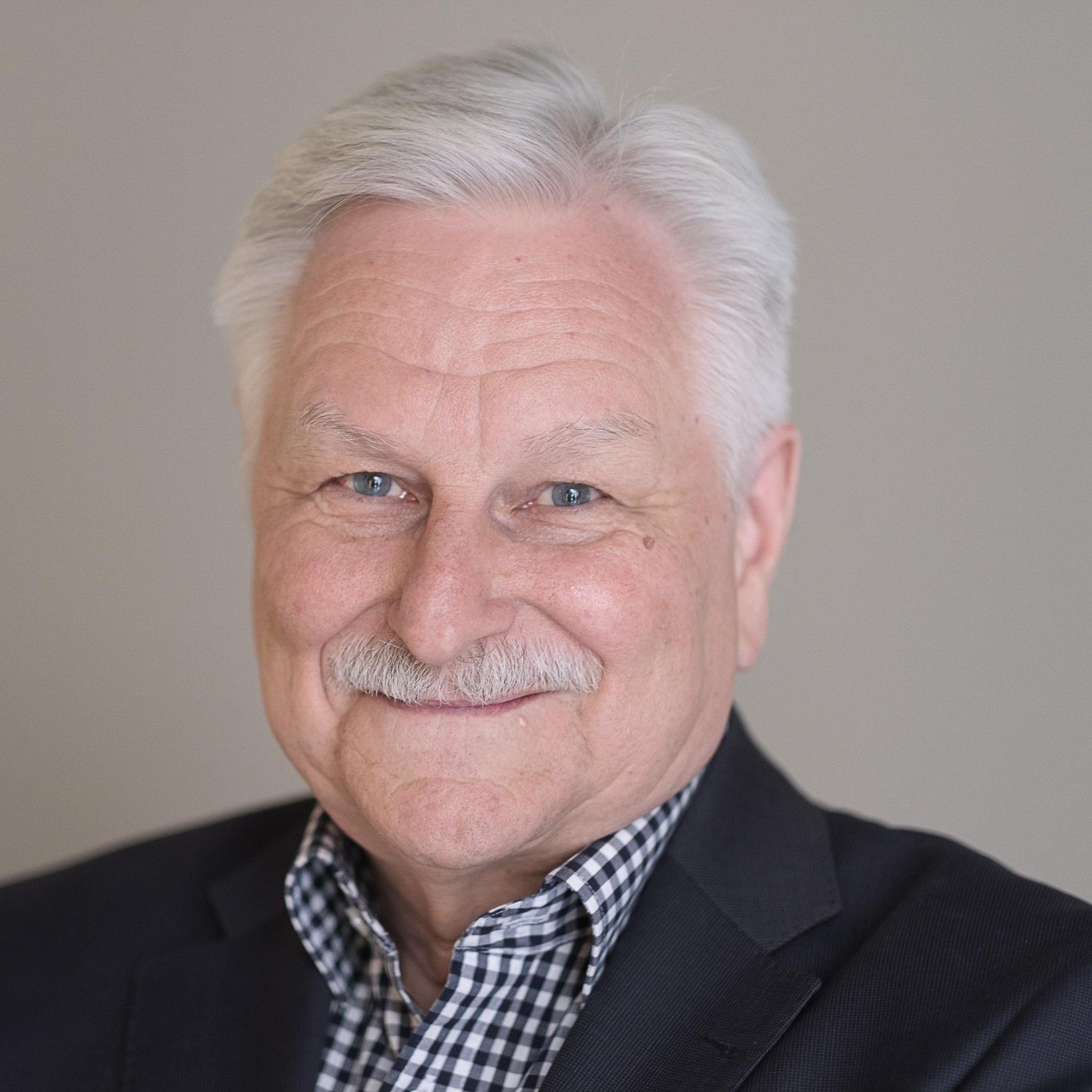 Dr. Klaus Grimm,