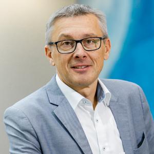 Günter Herkommer, WEKA FACHMEDIEN